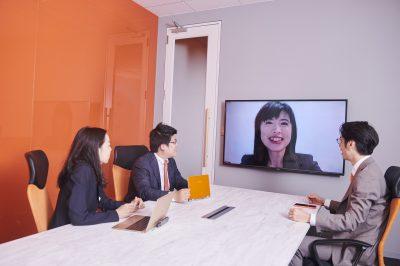 2020年5月25日付日本経済新聞朝刊11面・5月24日付電子版「法律事務所、個性派続々 IT活用や働き方改革」にて当事務所が紹介され、池田毅弁護士のコメントが引用されました。